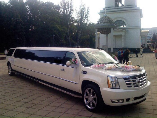 cadillac escalade 2007 car rental places